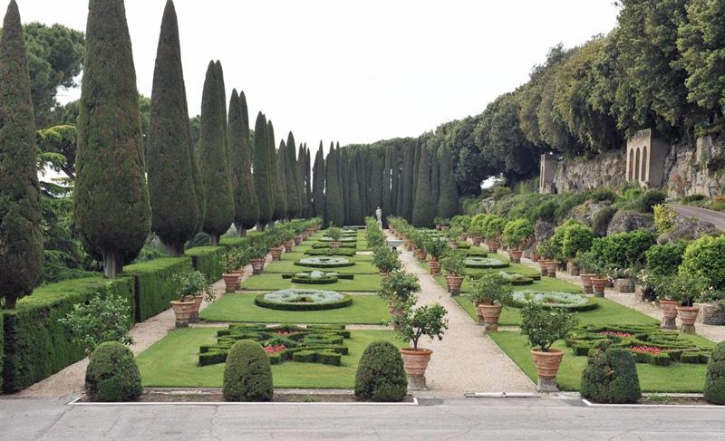 De tuinen van de pauselijke landgoederen in Castel Gandolfo