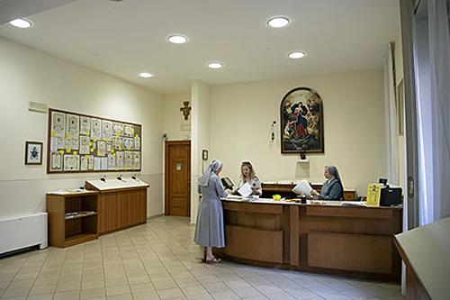 Balieruimte van het Bureau voor Pauselijke Liefdadigheid