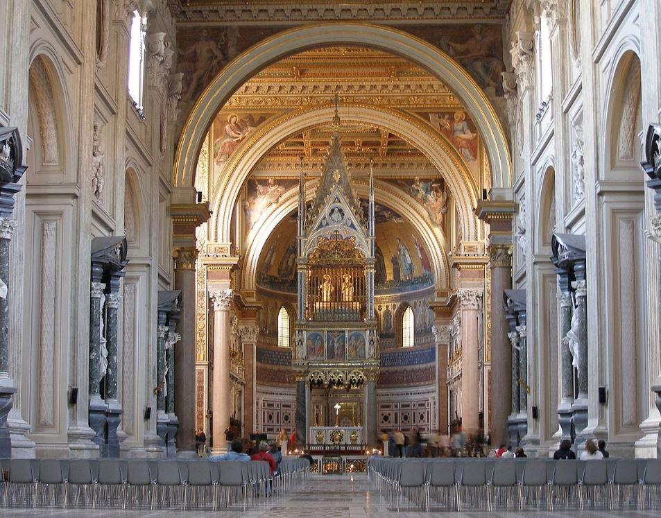Interieur van de Sint-Jan van Lateranen
