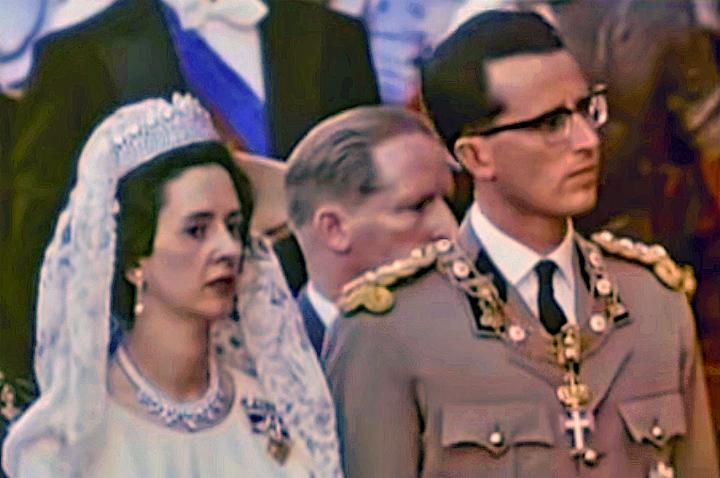 Koning Boudewijn van België met de keten van de Orde van Christus