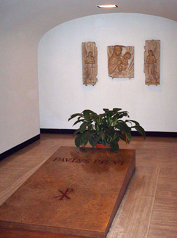 Grafsteen voor paus Paulus VI