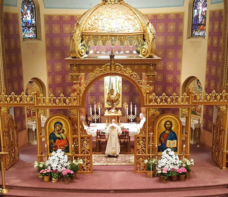 Viering in de Roetheense kathedraal in Passaic