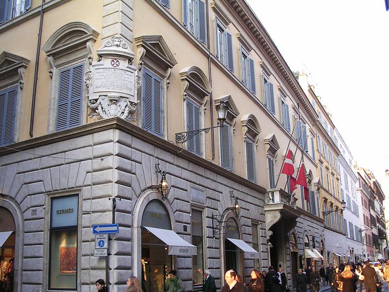 Het Palazzo di Malta aan de Via Condotti in Rome